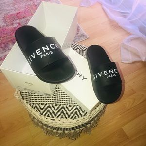 GIVENCHY SLIDES AUTHENTIC...NO TRADES